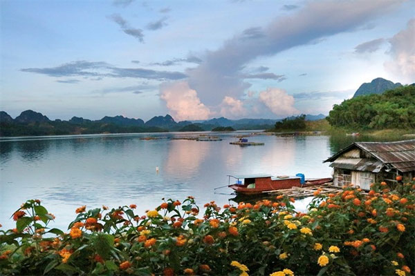 Ngoi Village, benefits of community-based tourism, Muong culture, Vietnam economy, Vietnamnet bridge, English news about Vietnam, Vietnam news, news about Vietnam, English news, Vietnamnet news, latest news on Vietnam, Vietnam