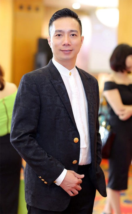 Vietnamese designer to open New York fashion week
