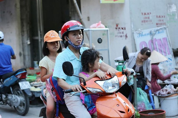 Children of migrant workers, tuition fees, Vietnam economy, Vietnamnet bridge, English news about Vietnam, Vietnam news, news about Vietnam, English news, Vietnamnet news, latest news on Vietnam, Vietnam