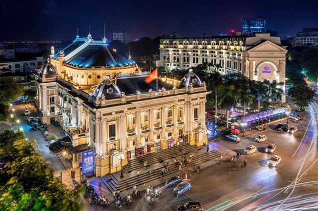 High Hanoi Opera House tour fees prove controversial, travel news, Vietnam guide, Vietnam airlines, Vietnam tour, tour Vietnam, Hanoi, ho chi minh city, Saigon, travelling to Vietnam, Vietnam travelling, Vietnam travel, vn news