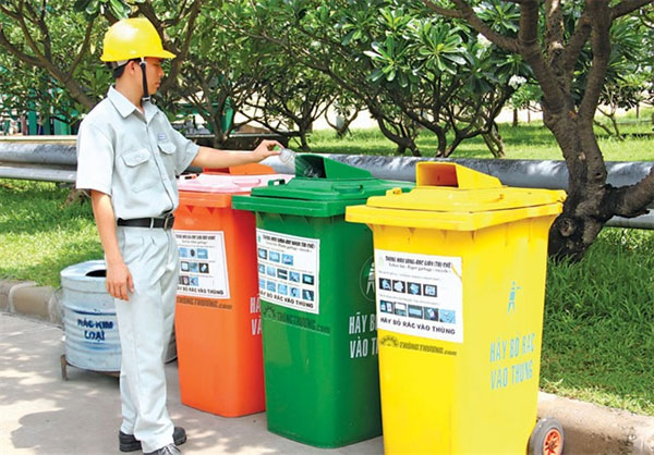 HCM City, funding shortage for sorting waste, Vietnam economy, Vietnamnet bridge, English news about Vietnam, Vietnam news, news about Vietnam, English news, Vietnamnet news, latest news on Vietnam, Vietnam