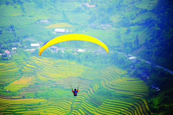 Mu Cang Chai district destined for paragliding festival, travel news, Vietnam guide, Vietnam airlines, Vietnam tour, tour Vietnam, Hanoi, ho chi minh city, Saigon, travelling to Vietnam, Vietnam travelling, Vietnam travel, vn news
