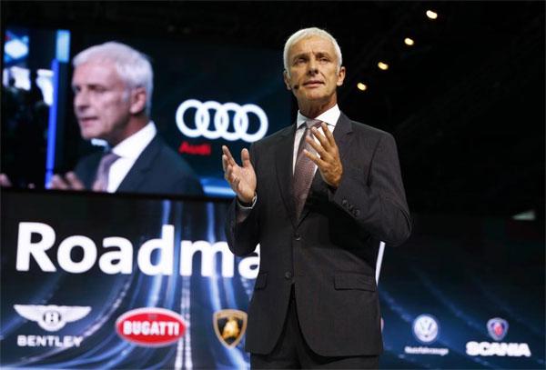 Volkswagen, electric cars, spend billions