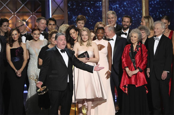 "Emmy awards, ""The Handmaid's Tale"",  ""Veep"""
