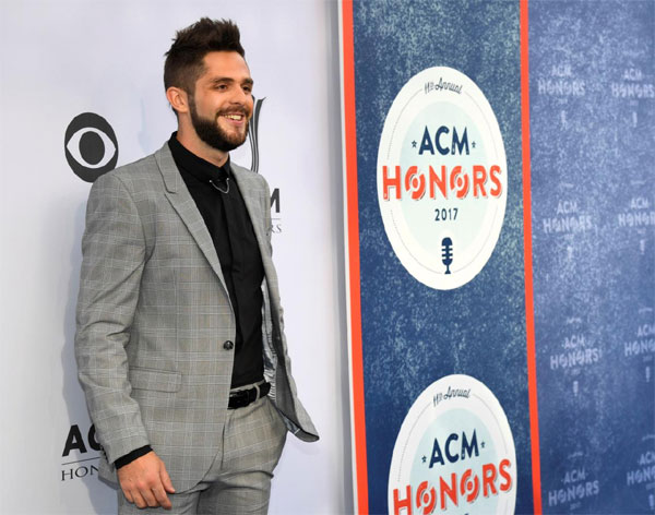 Country singer Thomas Rhett, atop Billboard chart