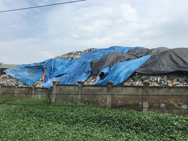 Vietnam Environment Administration investigates landfill pollution