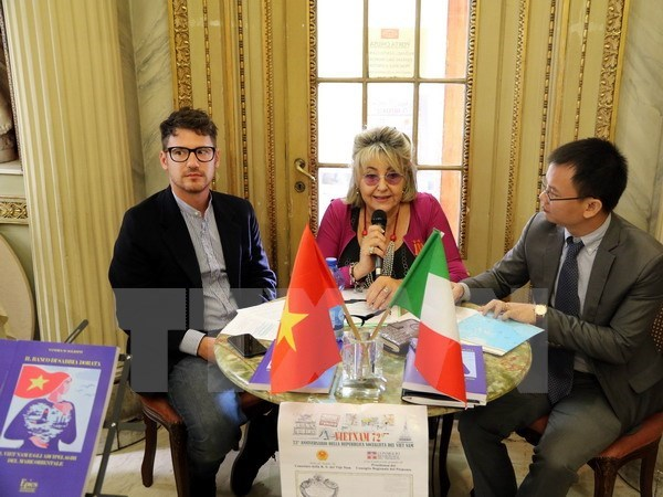 Italian scholar debuts book about Vietnam's island sovereignty, entertainment events, entertainment news, entertainment activities, what's on, Vietnam culture, Vietnam tradition, vn news, Vietnam beauty, news Vietnam, Vietnam news, Vietnam net news, vietn