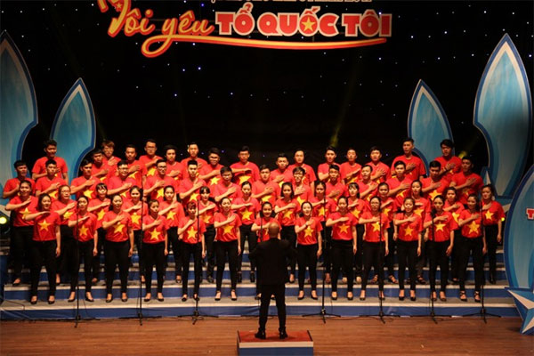 District choirs win big at HCM City fest