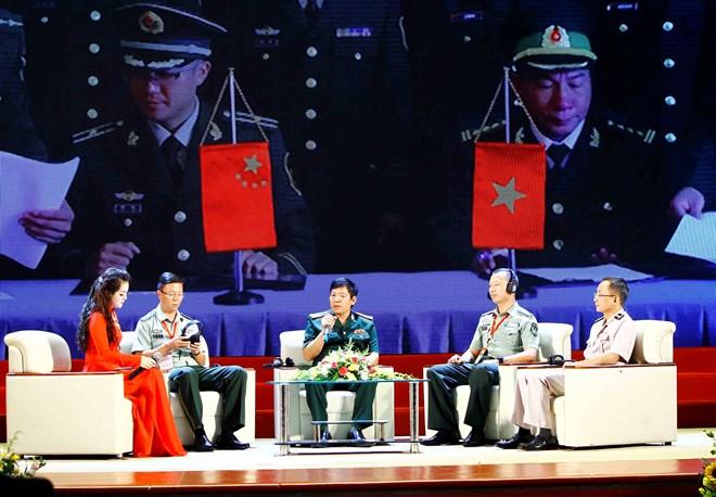 Vietnam, China deepen border defence friendship