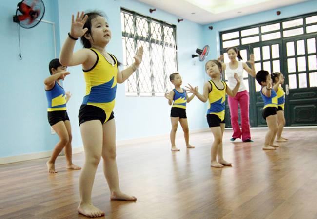 HCM City public schools teach Aerobic