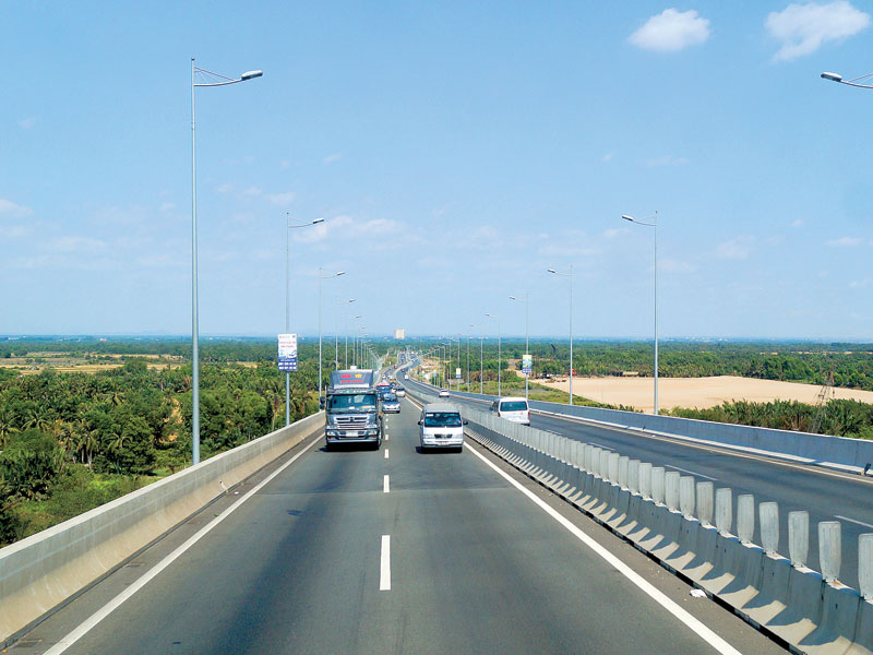 Heavy incentives prerequisite to North-South Expressway, vietnam economy, business news, vn news, vietnamnet bridge, english news, Vietnam news, news Vietnam, vietnamnet news, vn news, Vietnam net news, Vietnam latest news, Vietnam breaking news