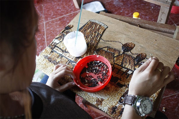Kon Tum, rice paintings, craft village tourism project, Vietnam economy, Vietnamnet bridge, English news about Vietnam, Vietnam news, news about Vietnam, English news, Vietnamnet news, latest news on Vietnam, Vietnam