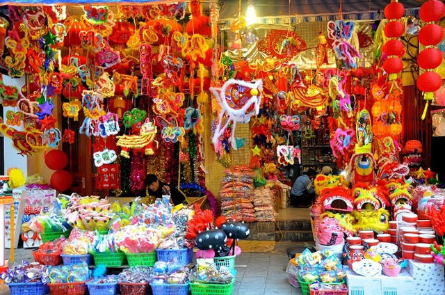 Top 6 destinations for Mid-Autumn Festival in Hanoi, travel news, Vietnam guide, Vietnam airlines, Vietnam tour, tour Vietnam, Hanoi, ho chi minh city, Saigon, travelling to Vietnam, Vietnam travelling, Vietnam travel, vn news