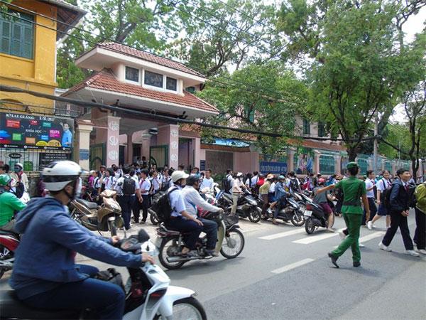 Avoid Traffic Jams, school, reduce traffic congestion, Vietnam economy, Vietnamnet bridge, English news about Vietnam, Vietnam news, news about Vietnam, English news, Vietnamnet news, latest news on Vietnam, Vietnam