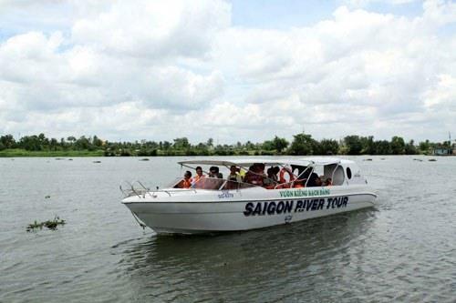 New tours launched on Sài Gòn River, travel news, Vietnam guide, Vietnam airlines, Vietnam tour, tour Vietnam, Hanoi, ho chi minh city, Saigon, travelling to Vietnam, Vietnam travelling, Vietnam travel, vn news