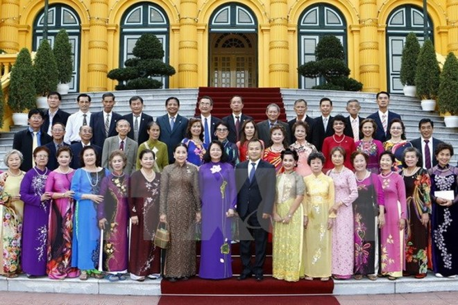 Vice President greets former Vietnamese teachers in Thailand, French education fair lures Vietnam students, History competition launched for senior high schoolers, HCMC holds monthly meeting on food safety