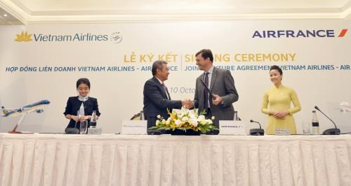 Vietnam Airlines, Air France sign joint venture deal, vietnam economy, business news, vn news, vietnamnet bridge, english news, Vietnam news, news Vietnam, vietnamnet news, vn news, Vietnam net news, Vietnam latest news, Vietnam breaking news