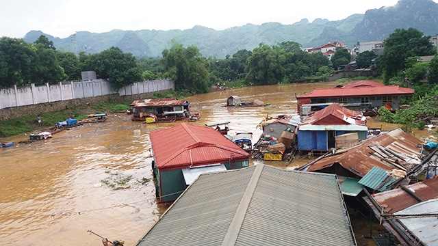 Floods cause severe damage in northern and central Vietnam, social news, vietnamnet bridge, english news, Vietnam news, news Vietnam, vietnamnet news, Vietnam net news, Vietnam latest news, vn news, Vietnam breaking news
