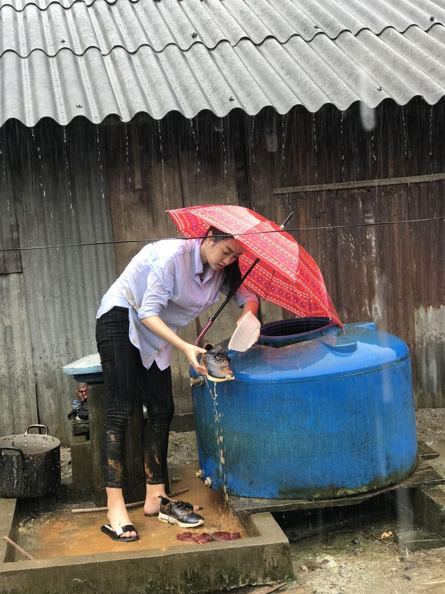 Miss Vietnam 2016 stuck in Yen Bai flood, social news, vietnamnet bridge, english news, Vietnam news, news Vietnam, vietnamnet news, Vietnam net news, Vietnam latest news, vn news, Vietnam breaking news