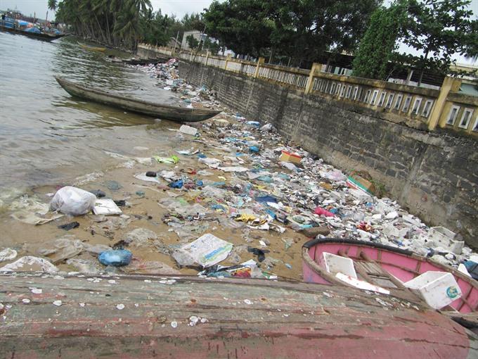 Eco island fights flood of rubbish, Vietnam environment, climate change in Vietnam, Vietnam weather, Vietnam climate, pollution in Vietnam, environmental news, sci-tech news, vietnamnet bridge, english news, Vietnam news, news Vietnam, vietnamnet news, Vi
