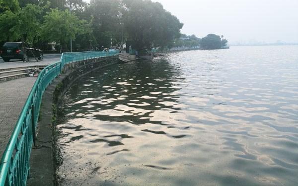 West Lake's new look after being dredged, Vietnam environment, climate change in Vietnam, Vietnam weather, Vietnam climate, pollution in Vietnam, environmental news, sci-tech news, vietnamnet bridge, english news, Vietnam news, news Vietnam, vietnamnet