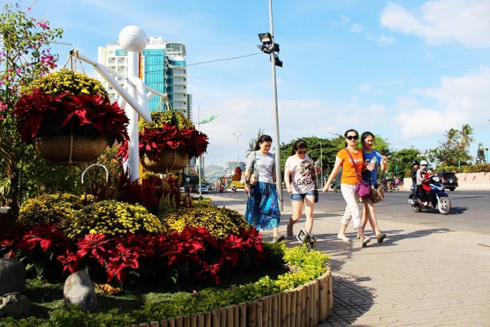 Nha Trang spring flower festival for tourists during Tet, entertainment events, entertainment news, entertainment activities, what's on, Vietnam culture, Vietnam tradition, vn news, Vietnam beauty, news Vietnam, Vietnam news, Vietnam net news, vietnamnet