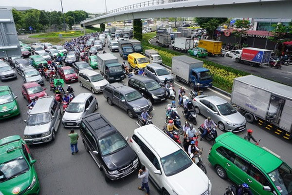 HCM City, app-based taxi project, halts expansion, Vietnam economy, Vietnamnet bridge, English news about Vietnam, Vietnam news, news about Vietnam, English news, Vietnamnet news, latest news on Vietnam, Vietnam