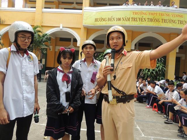 Pupils punished for traffic violations in HCM City, social news, vietnamnet bridge, english news, Vietnam news, news Vietnam, vietnamnet news, Vietnam net news, Vietnam latest news, vn news, Vietnam breaking news