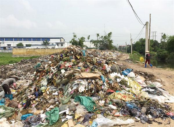 Domestic waste management and treatment, pressing, rural areas, Vietnam economy, Vietnamnet bridge, English news about Vietnam, Vietnam news, news about Vietnam, English news, Vietnamnet news, latest news on Vietnam, Vietnam