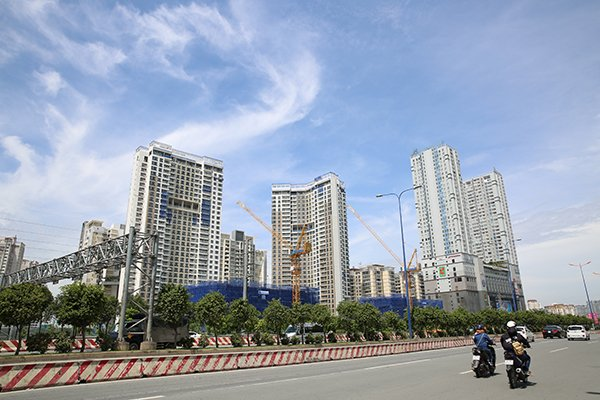 Construction Ministry: HCMC should approve mini-apartments, Extra of 76 Japanese products present in Vietnam, Boom of mobile payment in Vietnam: Deputy PM, Opening door for export of livestock products