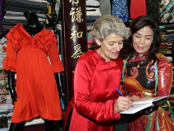 Hoi An, tailors boost, Vietnam economy, Vietnamnet bridge, English news about Vietnam, Vietnam news, news about Vietnam, English news, Vietnamnet news, latest news on Vietnam, Vietnam