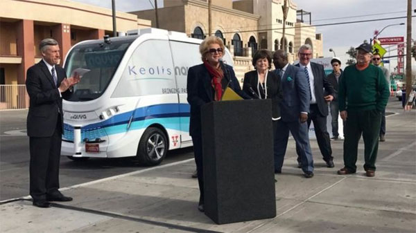 Self-driving shuttle bus, crash, Las Vegas