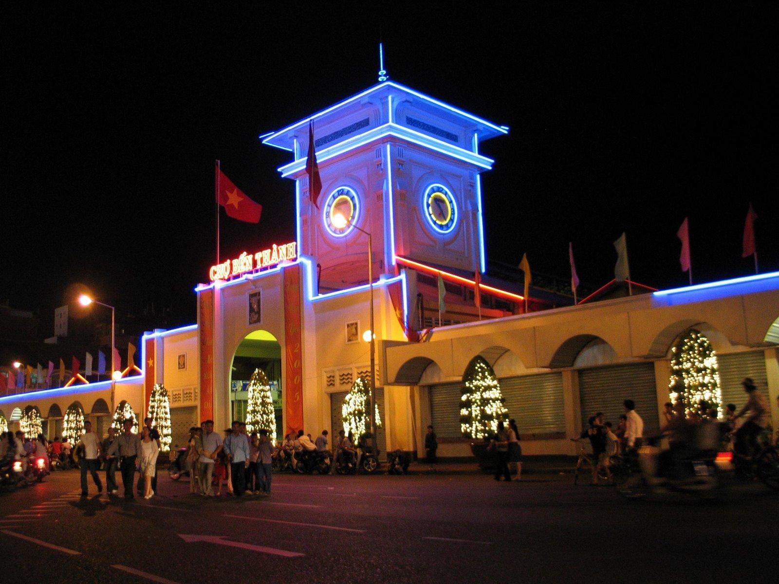 HCM City launches bilingual tourism magazine, travel news, Vietnam guide, Vietnam airlines, Vietnam tour, tour Vietnam, Hanoi, ho chi minh city, Saigon, travelling to Vietnam, Vietnam travelling, Vietnam travel, vn news