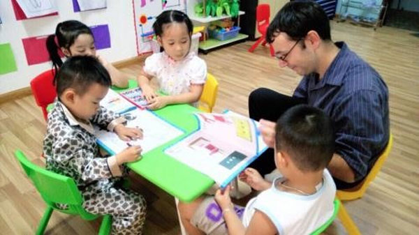 Kindergartens, studying English, Vietnam economy, Vietnamnet bridge, English news about Vietnam, Vietnam news, news about Vietnam, English news, Vietnamnet news, latest news on Vietnam, Vietnam