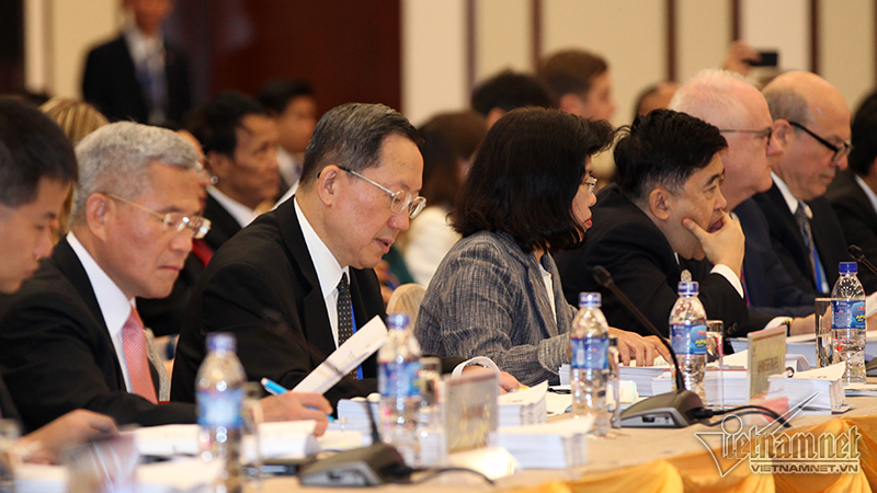 200 delegates attend first meeting of APEC Summit Week