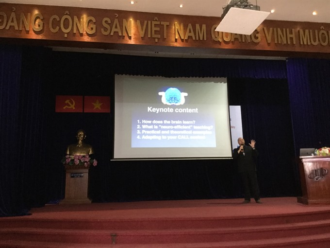 IT can expand English studies, social news, vietnamnet bridge, english news, Vietnam news, news Vietnam, vietnamnet news, Vietnam net news, Vietnam latest news, vn news, Vietnam breaking news