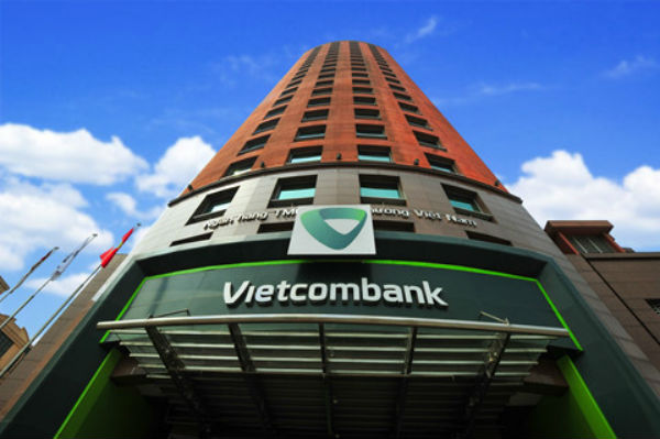 Vietcombank's $15 million back-to-back divestments, HDBank offers 20 per cent to foreign investors this month, NPLs in property drop significantly, HN, HCMC asked to report apartment disputes
