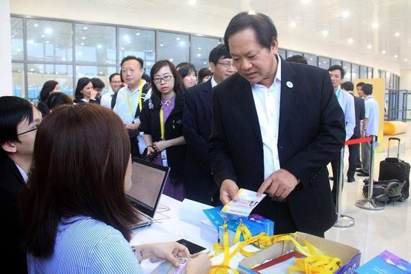 Minister Truong Minh Tuan visits APEC Media Center, Government news, Vietnam breaking news, politic news, vietnamnet bridge, english news, Vietnam news, news Vietnam, vietnamnet news, Vietnam net news, Vietnam latest news, vn news