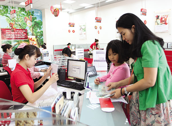 New cross-holding rule to hit banks, vietnam economy, business news, vn news, vietnamnet bridge, english news, Vietnam news, news Vietnam, vietnamnet news, vn news, Vietnam net news, Vietnam latest news, Vietnam breaking news