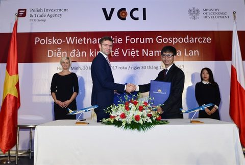 Vietnam Airlines, Polish Airlines ink co-operation agreement, vietnam economy, business news, vn news, vietnamnet bridge, english news, Vietnam news, news Vietnam, vietnamnet news, vn news, Vietnam net news, Vietnam latest news, Vietnam breaking news