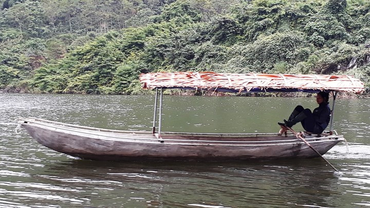 Floating season at Thac Ba Lake, travel news, Vietnam guide, Vietnam airlines, Vietnam tour, tour Vietnam, Hanoi, ho chi minh city, Saigon, travelling to Vietnam, Vietnam travelling, Vietnam travel, vn news