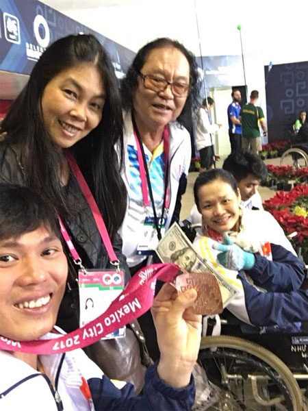 Mexican world champs, swimmer Tung, win bronze, Vietnam economy, Vietnamnet bridge, English news about Vietnam, Vietnam news, news about Vietnam, English news, Vietnamnet news, latest news on Vietnam, Vietnam