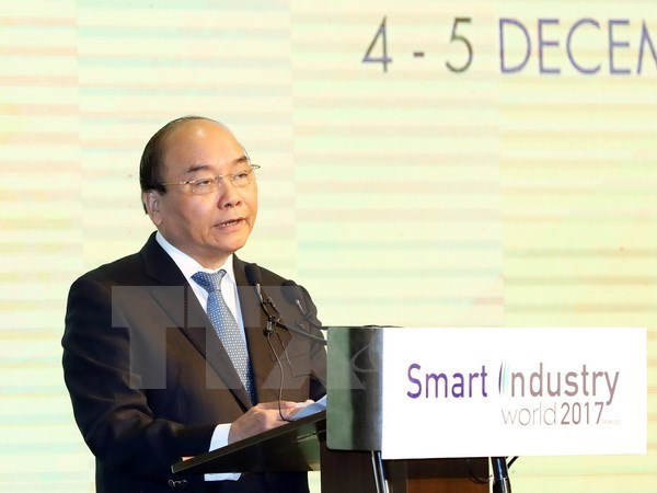 PM attends int'l exhibition on Smart Industry World 2017, IT news, sci-tech news, vietnamnet bridge, english news, Vietnam news, news Vietnam, vietnamnet news, Vietnam net news, Vietnam latest news, Vietnam breaking news, vn news