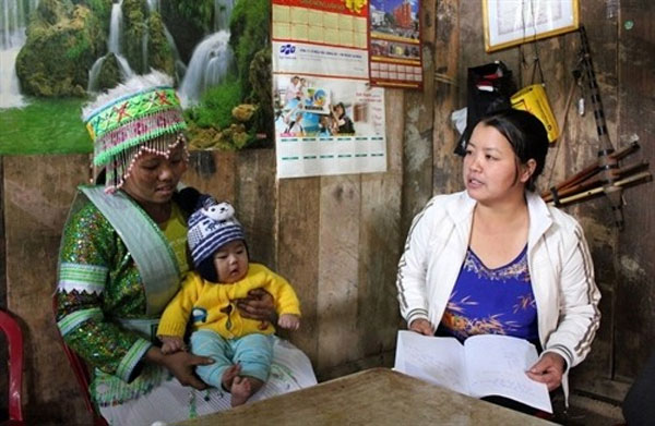 Village midwives, midwife-training programme, Vietnam economy, Vietnamnet bridge, English news about Vietnam, Vietnam news, news about Vietnam, English news, Vietnamnet news, latest news on Vietnam, Vietnam