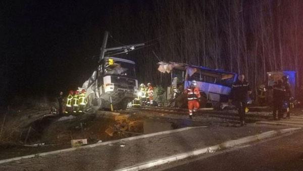 France, train, school bus, crash