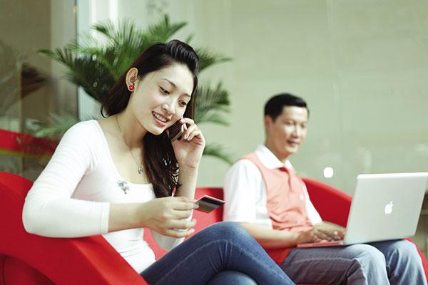 Digital banking grows to support new customers, vietnam economy, business news, vn news, vietnamnet bridge, english news, Vietnam news, news Vietnam, vietnamnet news, vn news, Vietnam net news, Vietnam latest news, Vietnam breaking news