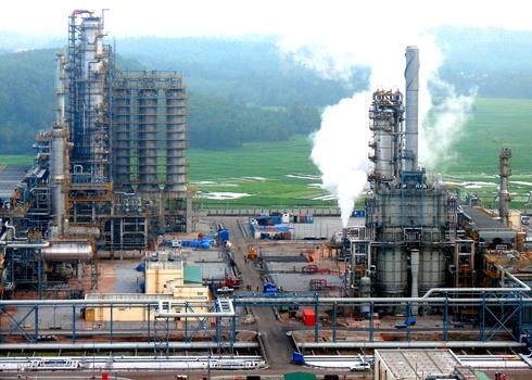 Foreign investors keen to acquire stake at oil refinery, vietnam economy, business news, vn news, vietnamnet bridge, english news, Vietnam news, news Vietnam, vietnamnet news, vn news, Vietnam net news, Vietnam latest news, Vietnam breaking news