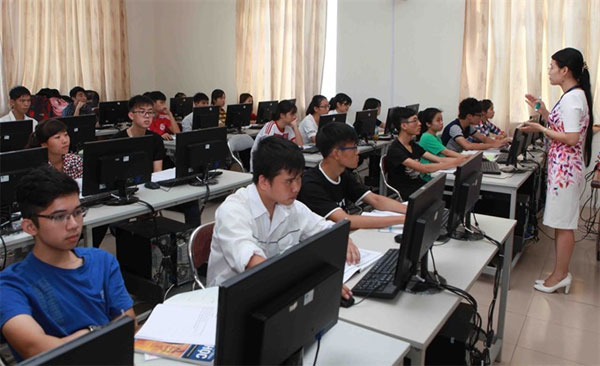 Law on Higher Education, shortage of qualified lecturers, Vietnam economy, Vietnamnet bridge, English news about Vietnam, Vietnam news, news about Vietnam, English news, Vietnamnet news, latest news on Vietnam, Vietnam