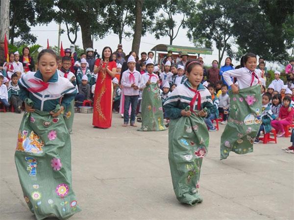 District education departments, reduce staff, Vietnam economy, Vietnamnet bridge, English news about Vietnam, Vietnam news, news about Vietnam, English news, Vietnamnet news, latest news on Vietnam, Vietnam