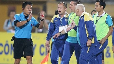Four Vietnamese referees recognised for FIFA's Elite level, Sports news, football, Vietnam sports, vietnamnet bridge, english news, Vietnam news, news Vietnam, vietnamnet news, Vietnam net news, Vietnam latest news, vn news, Vietnam breaking news